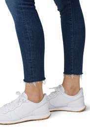 Looker Ankle Fray Skinny Jeans by MOTHER