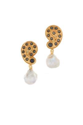 Taj Earrings by Oscar de la Renta