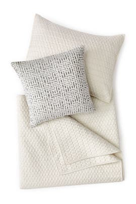 Full/Queen Gramercy Bedding Bundle - Pearl by West Elm
