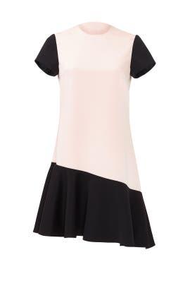 Blushing Ruffle Hem Dress by nha khanh