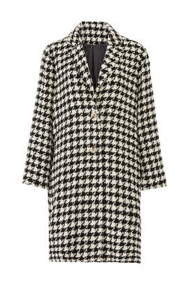 Houndstooth Collared Coat by Moon River