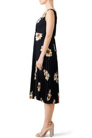 Gardenia Floral Pleated Dress by VINCE.